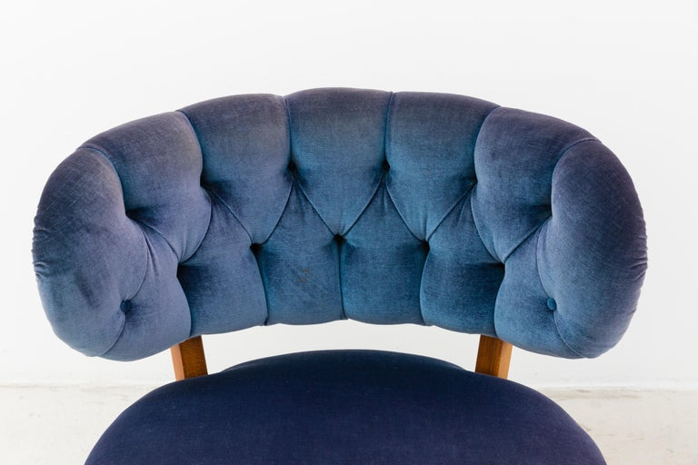 Mid-20th Century Pair of Blue Velvet Easy Chairs by Otto Schulz For Sale