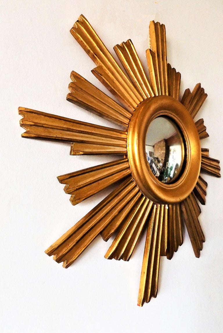 Vintage Wooden Sunburst Convex Mirror, 1950s In Excellent Condition For Sale In Sint Joris Weert, BE