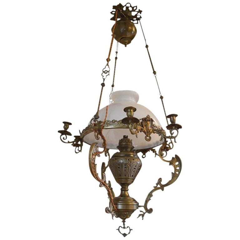 French Large Antique Chandelier in Bronze and Brass, 19th Century For Sale - French Large Antique Chandelier In Bronze And Brass, 19th Century