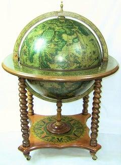 Mid Century Globe Bar Classic 1950s