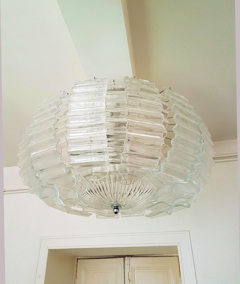 Italian Pair of Very Large Clear Murano Glass Mid-Century Modern Chandeliers by Barovier For Sale