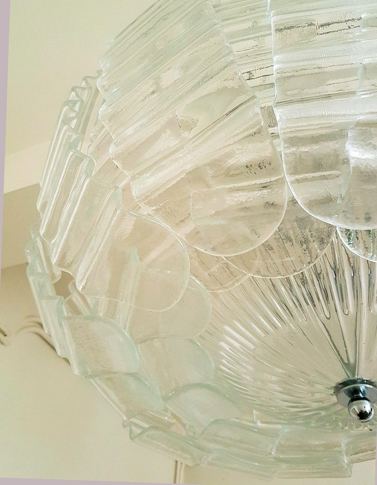 Pair of Very Large Clear Murano Glass Mid-Century Modern Chandeliers by Barovier For Sale 4