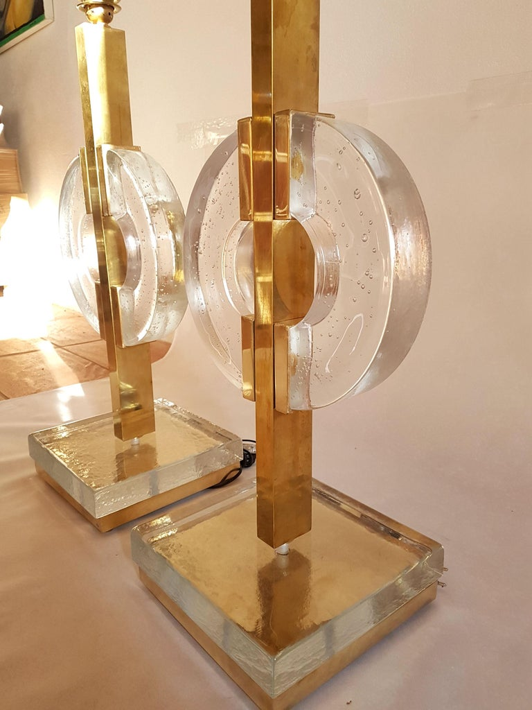Large Pair of Midcentury Modern Clear Glass / Brass Italian Table Lamps, 1960s In Excellent Condition For Sale In Dallas, TX