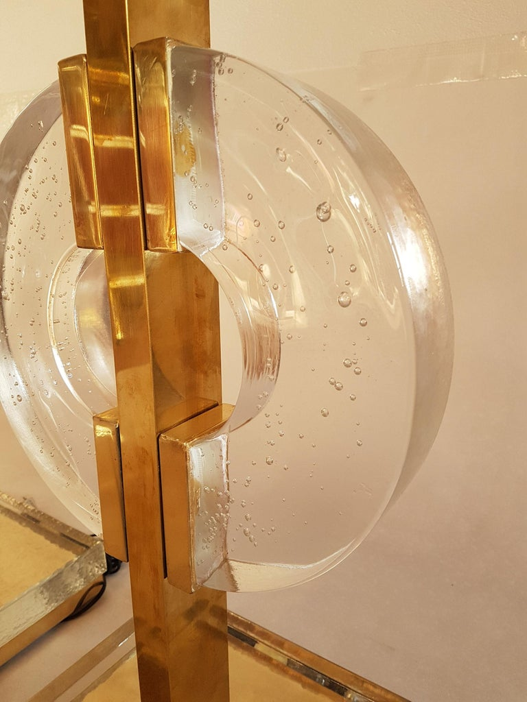 Mid-20th Century Large Pair of Midcentury Modern Clear Glass / Brass Italian Table Lamps, 1960s For Sale