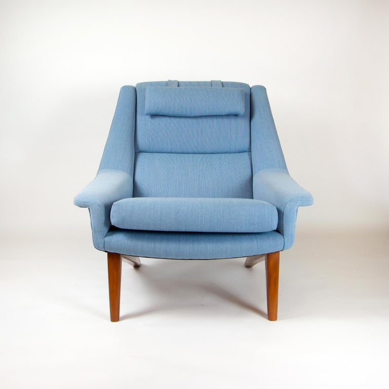 Powder Blue Mid Century Armchair by Folke Ohlsson for Fritz Hansen, Denmark For Sale 1