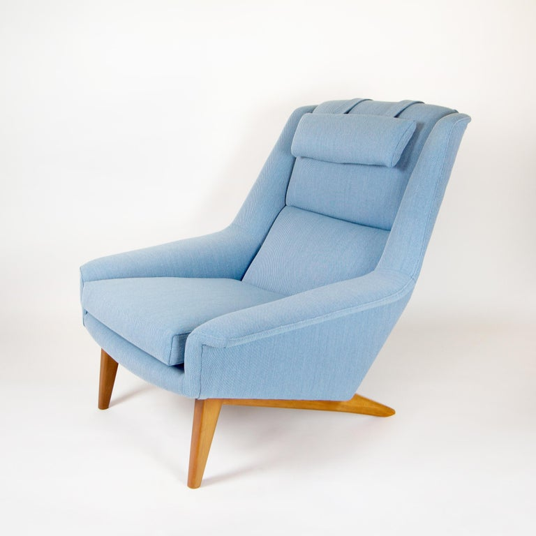 Danish Model 4410 Sonet Lounge Chair by Folke Ohlsson for Fritz Hansen For Sale