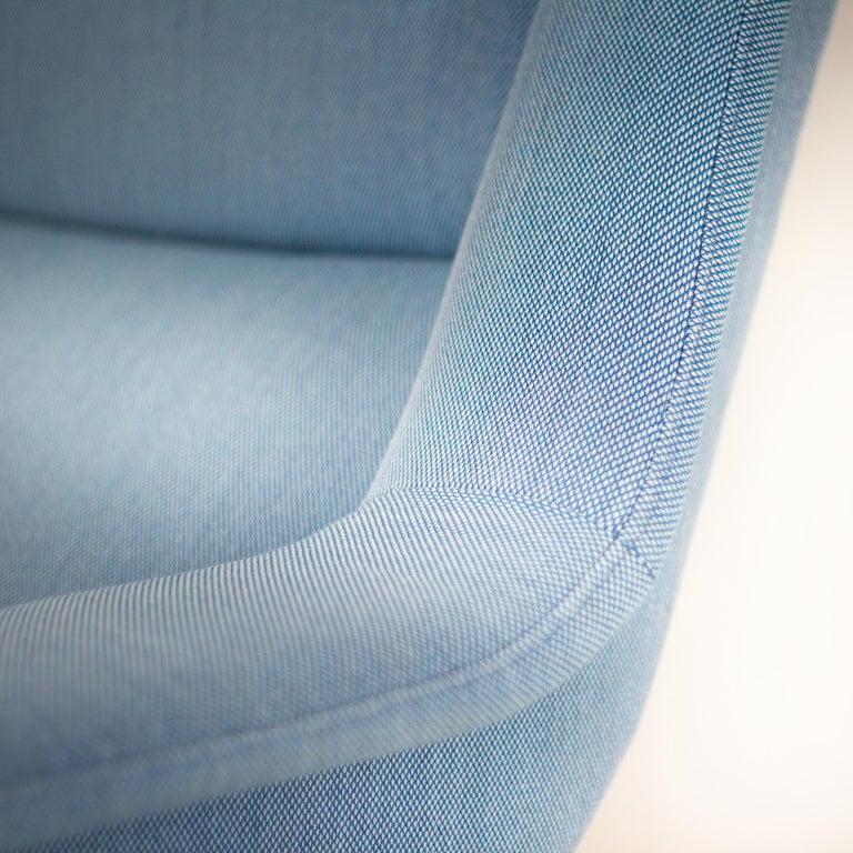Powder Blue Mid Century Armchair by Folke Ohlsson for Fritz Hansen, Denmark For Sale 4
