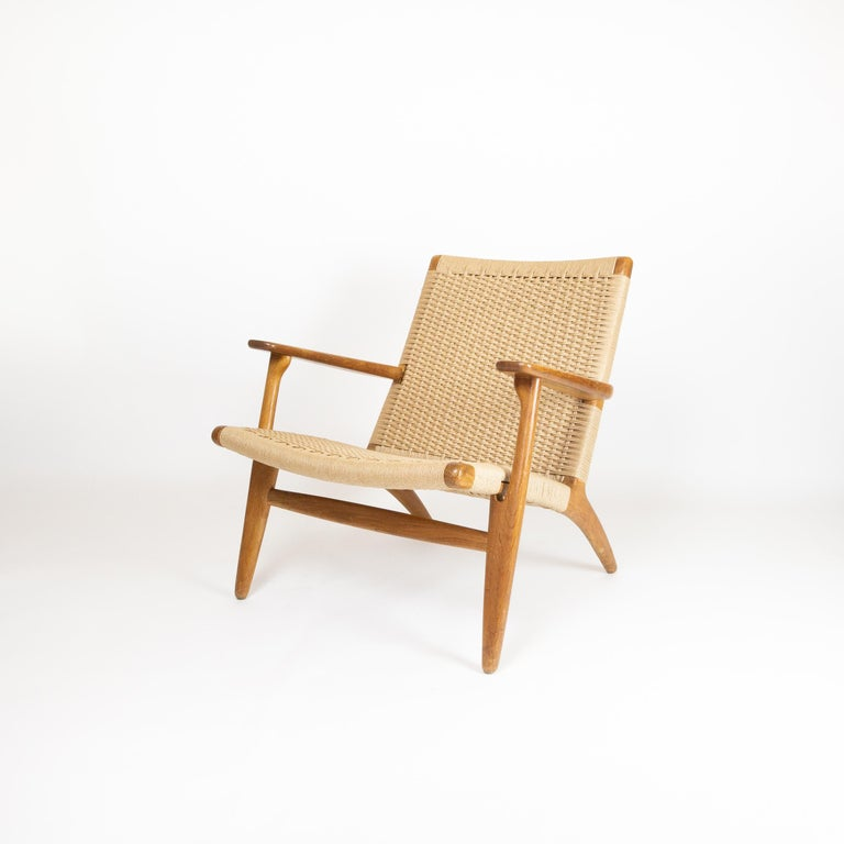 Hand-Crafted CH25 Lounge Chair by Hans J. Wegner For Sale