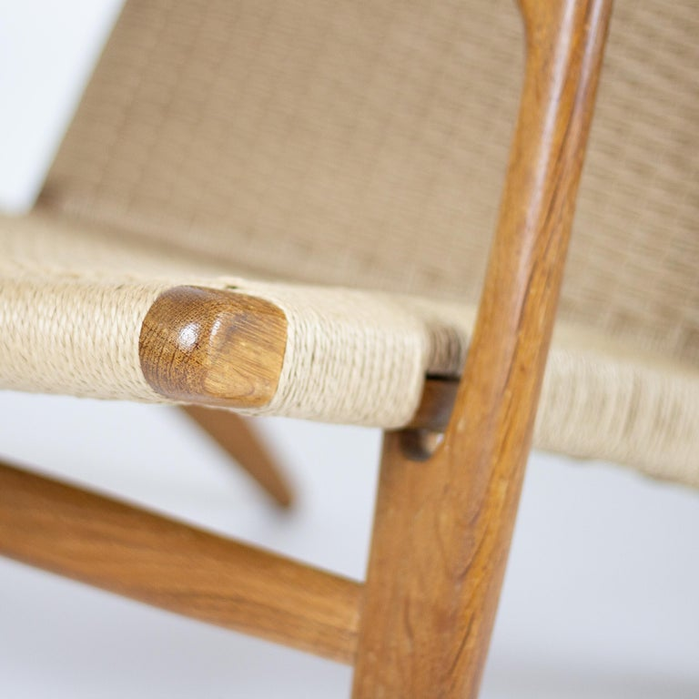 CH25 Lounge Chair by Hans J. Wegner For Sale 2