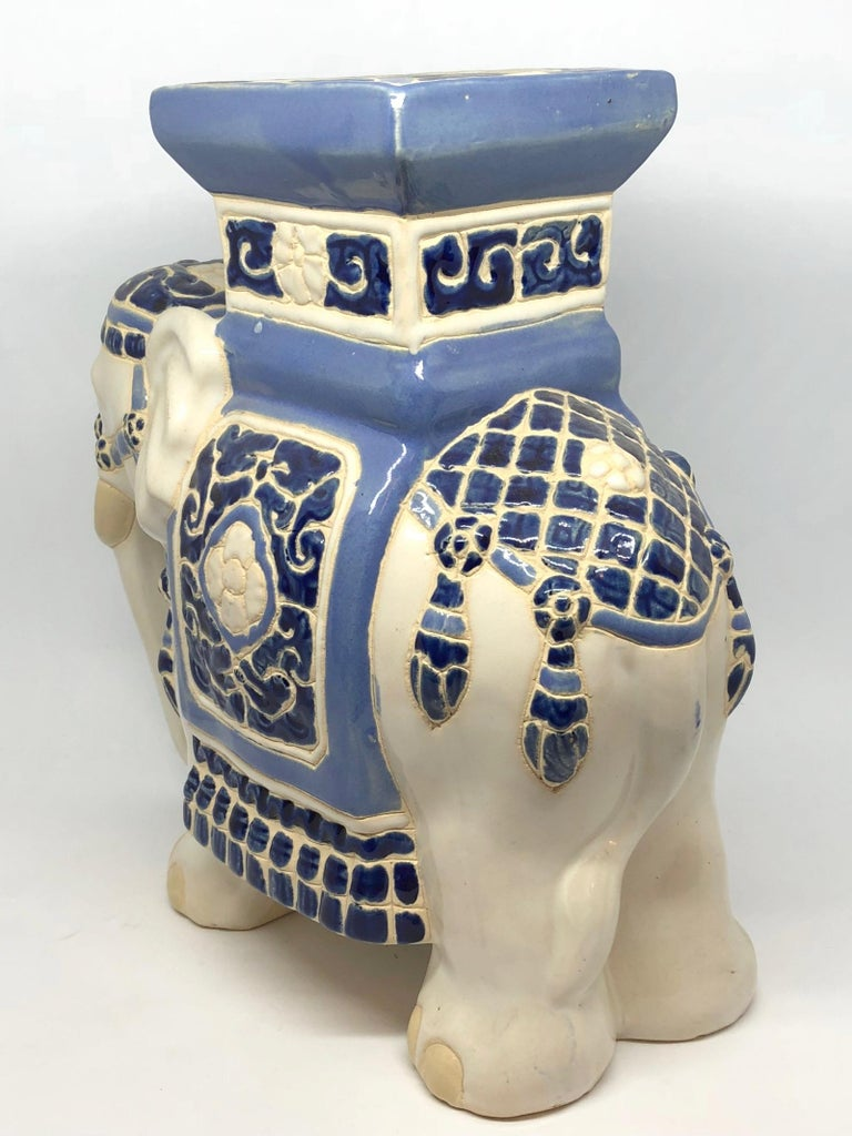 Late 20th Century Pee Hollywood Regency Chinese Elephant Flower Pot Stand Vintage German For