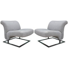 Pair of 1970s Milo Baughman Style Cantilevered Lounge Chairs