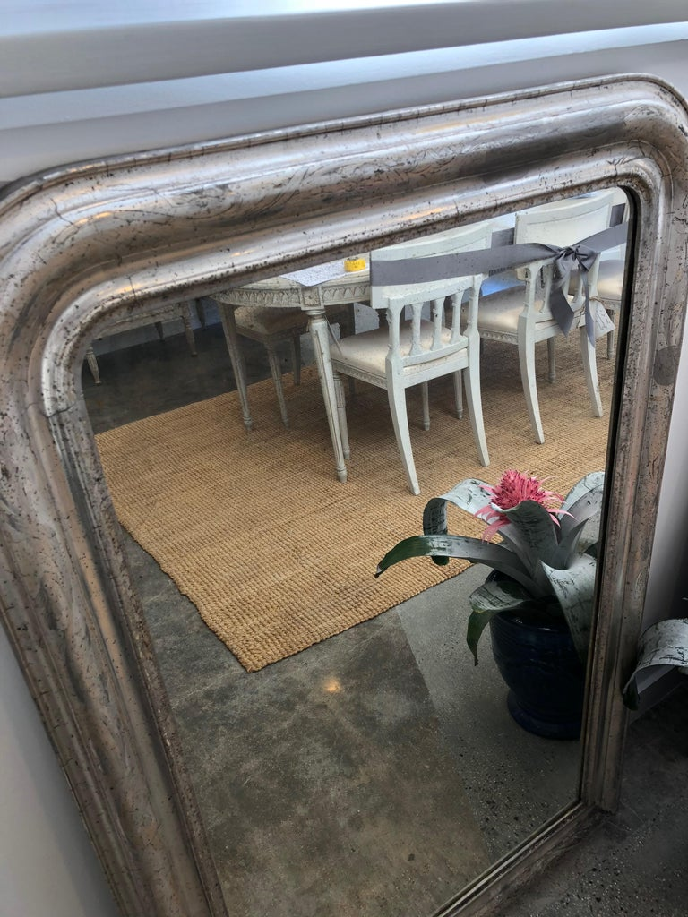 French Luis Philippe Silver Mirror In Good Condition For Sale In Corona del Mar, CA
