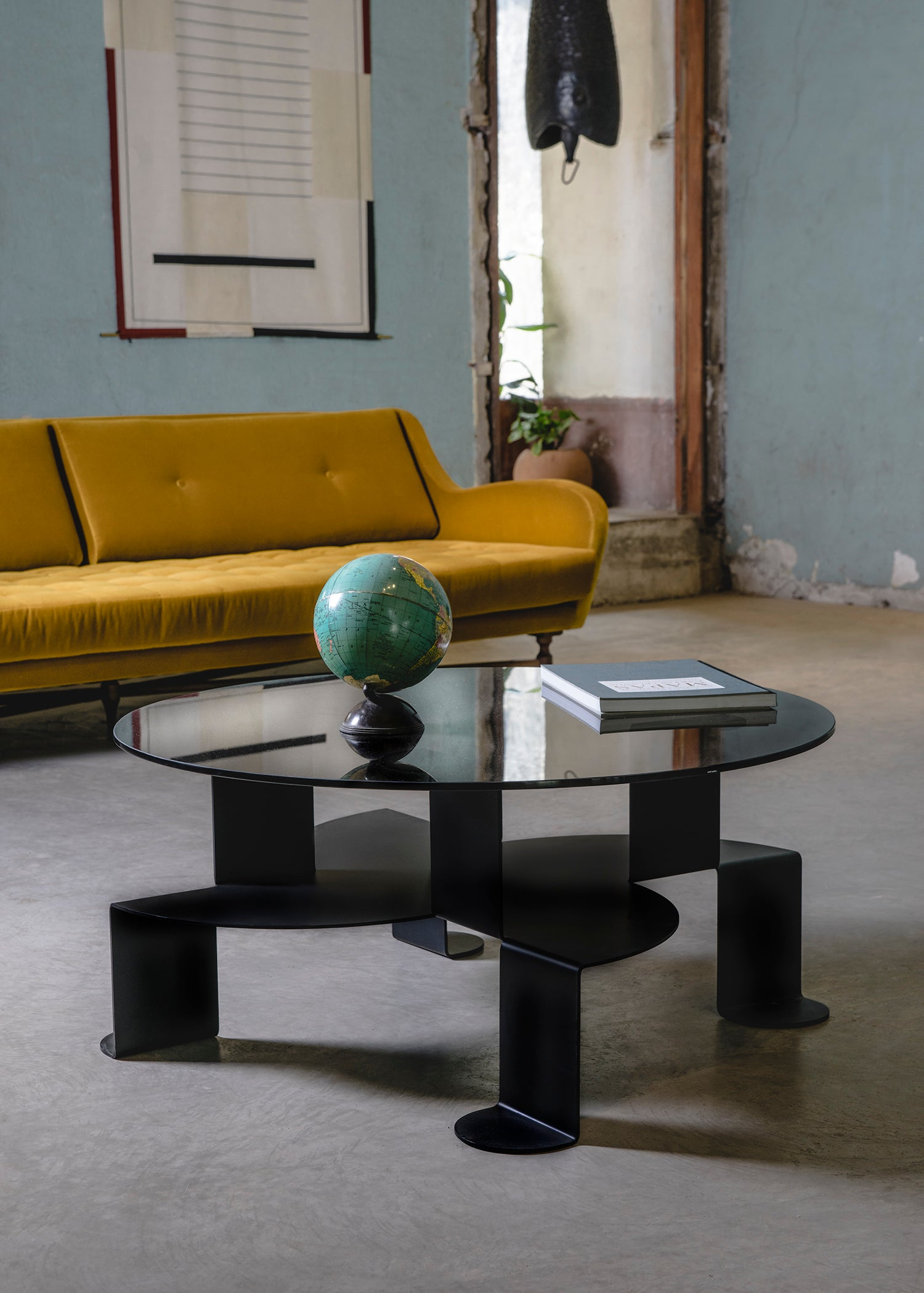 Enjoyable Aspa Sculptural Coffee Table By Atra For Sale At 1Stdibs Dailytribune Chair Design For Home Dailytribuneorg