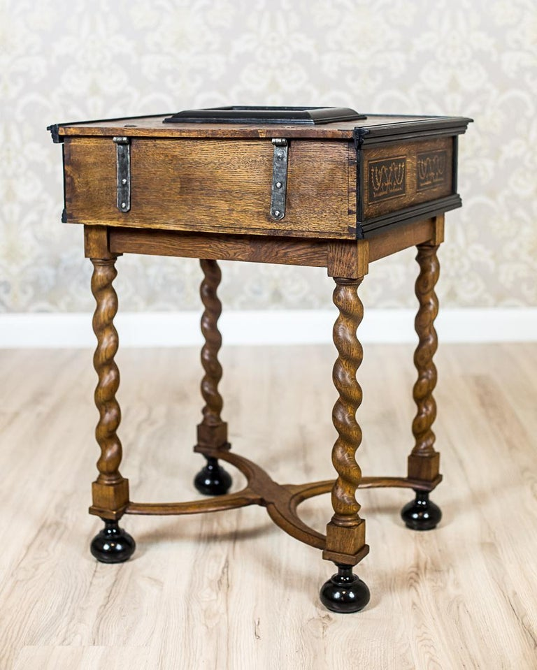 Neo-Baroque Oak Sewing Table, circa Late 19th Century For Sale 9