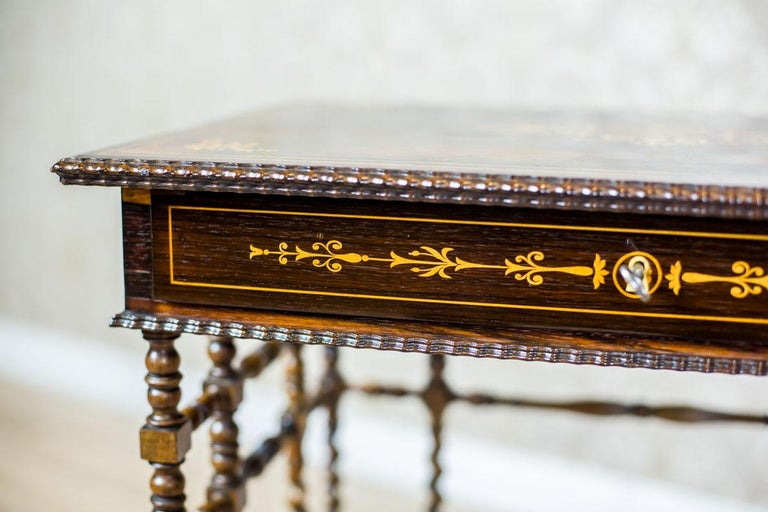 French Intarsiated Table from the 19th Century For Sale 5