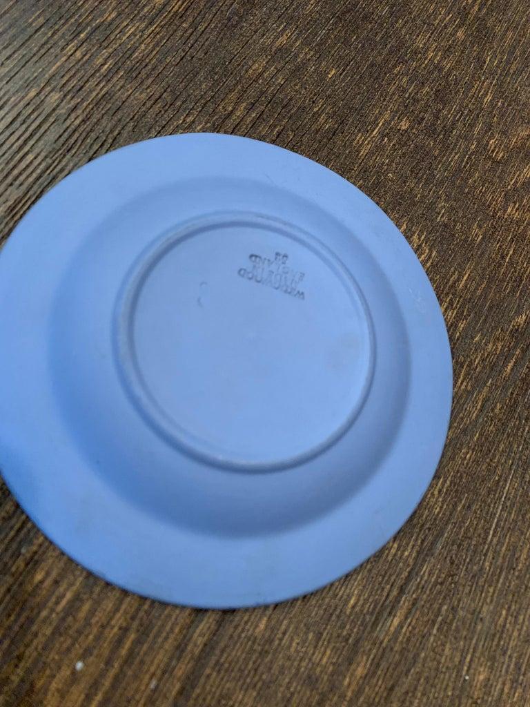 English Mid-century Wedgwood Jasperware Cream on Blue For Sale