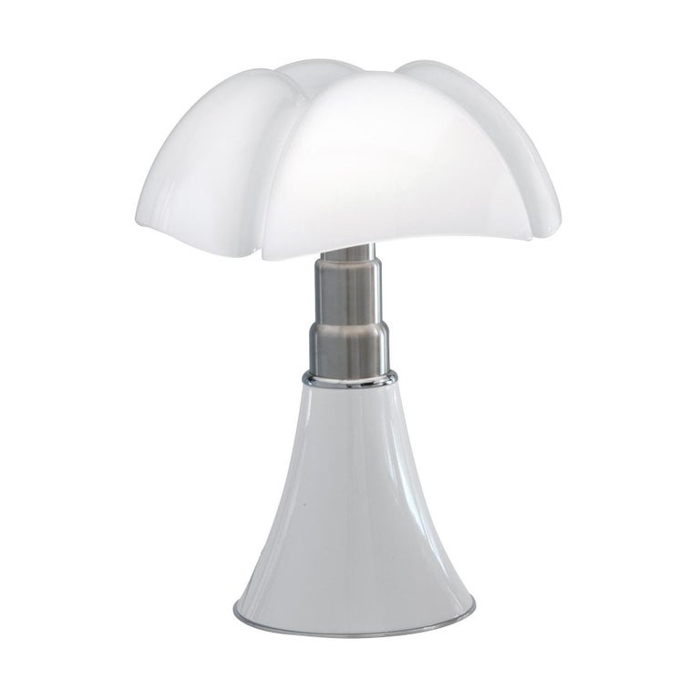 """Gae Aulenti """"Pipistrello"""" Table Light"""
