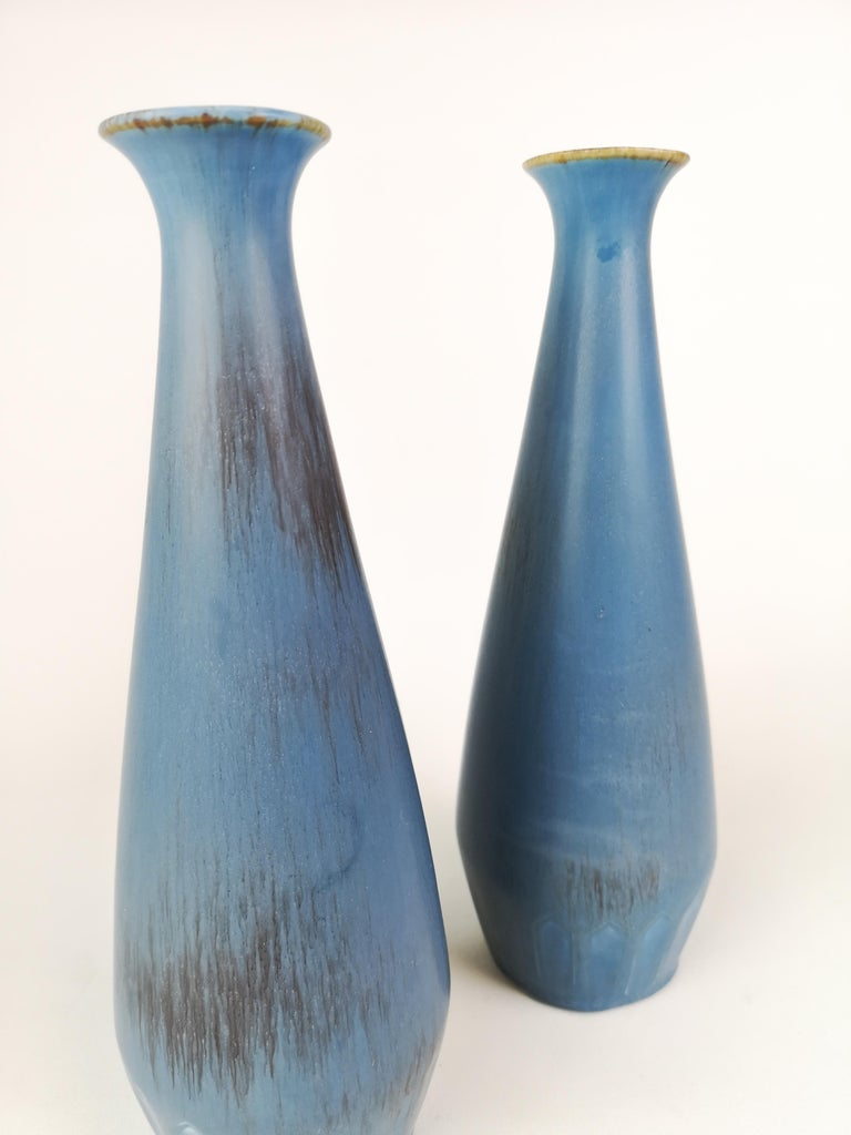 Pair of Gunnar Nylund Ceramic Vases by Rörstrand in Sweden In Good Condition For Sale In Langserud, SE