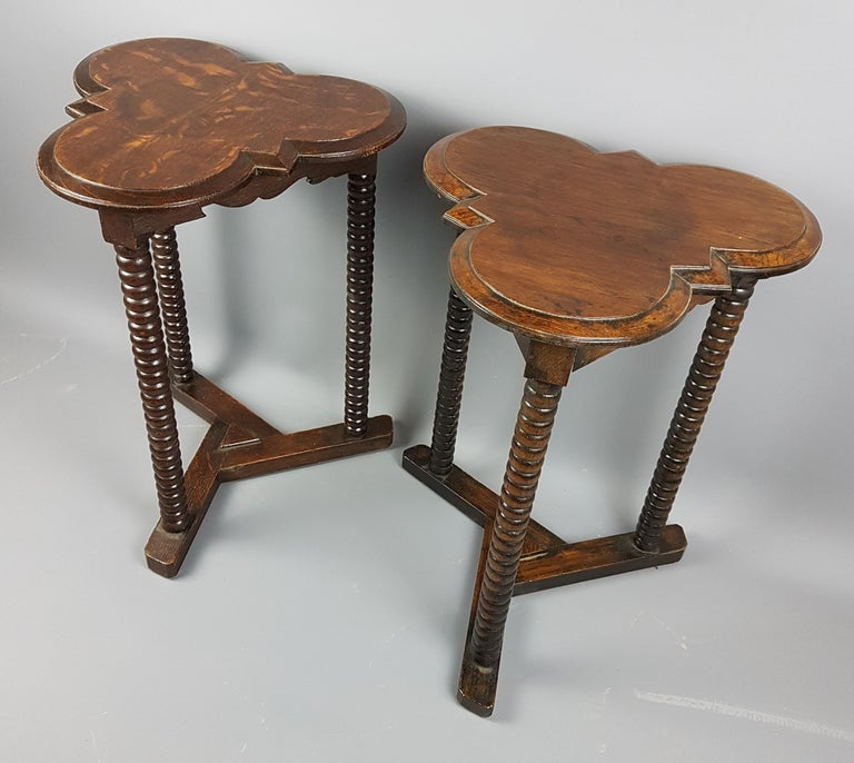 Polished Pair of 1920s Arts and Crafts Style Oak Bobbin Tables For Sale