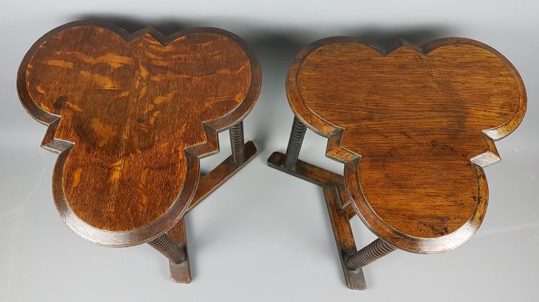 Pair of 1920s Arts and Crafts Style Oak Bobbin Tables In Fair Condition For Sale In Bodicote, Oxfordshire