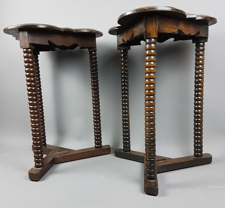 English Pair of 1920s Arts and Crafts Style Oak Bobbin Tables For Sale