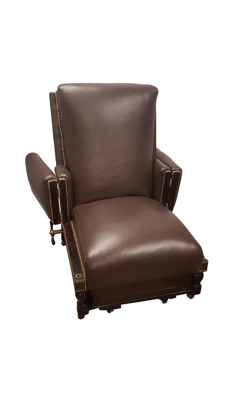 19th Century Adjustable Armchair in Connolly Leather In Good Condition For Sale In Bodicote, Oxfordshire
