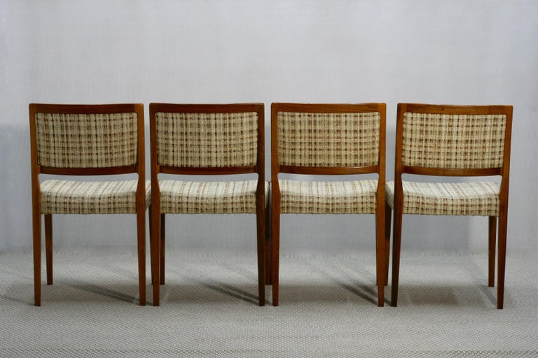 Scandinavian Modern Set of Four Midcentury Swedish Teak Dining Chairs from Troeds, 1960s For Sale