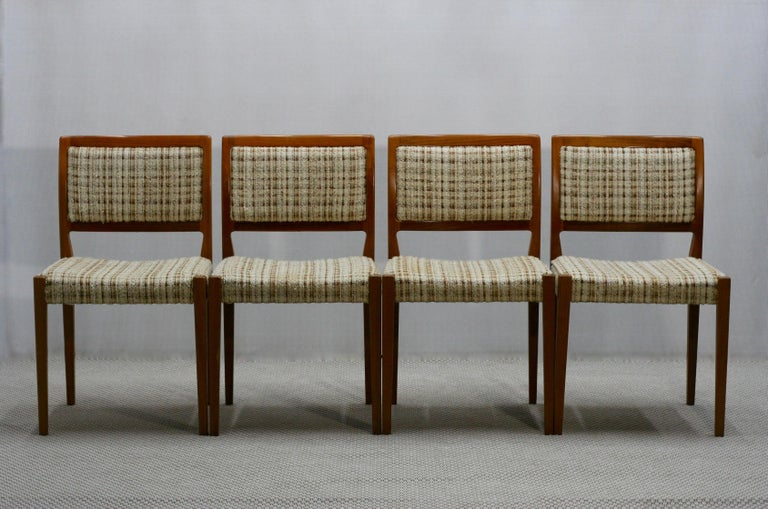 Set of Four Midcentury Swedish Teak Dining Chairs from Troeds, 1960s In Good Condition For Sale In Riga, Latvia