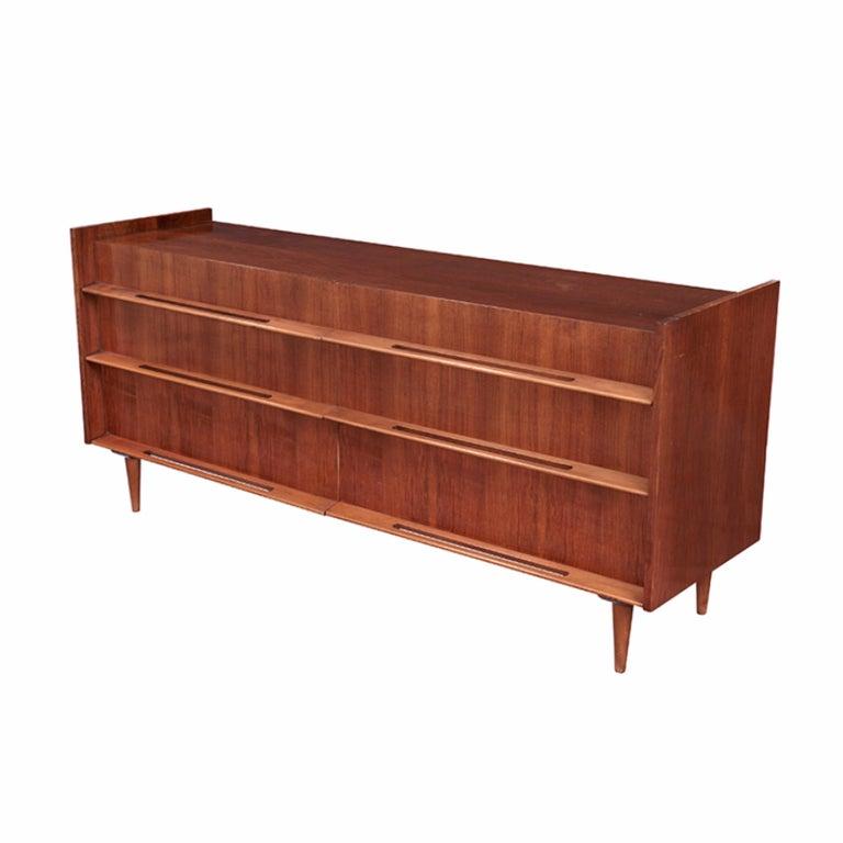 Mid-Century Modern Edmond Spence 6-Drawer Dresser For Sale