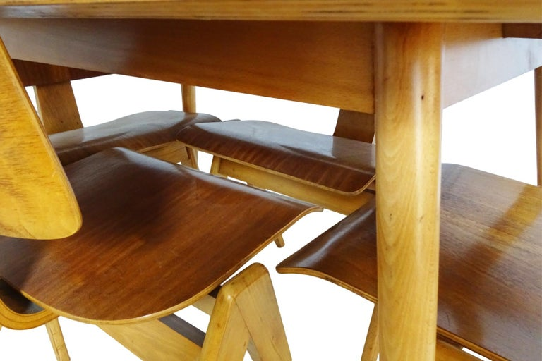 Veneer Dining Set - Robin Day for Hille Midcentury 1950s table and 4 chairs For Sale