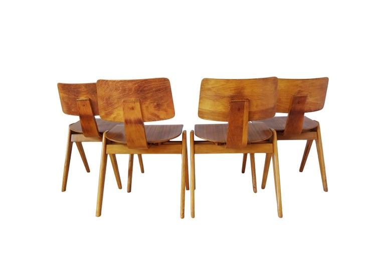 Dining Set - Robin Day for Hille Midcentury 1950s table and 4 chairs For Sale 1