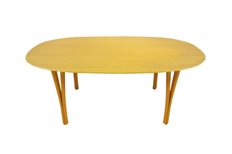 Dining set - Super Ellipse Dining Table by Piet Hein - including 8 chairs In Good Condition For Sale In Highclere, Newbury