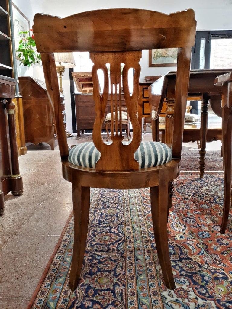 19th Century Napoleon III Walnut French Gondola Chair Restored For Sale 3