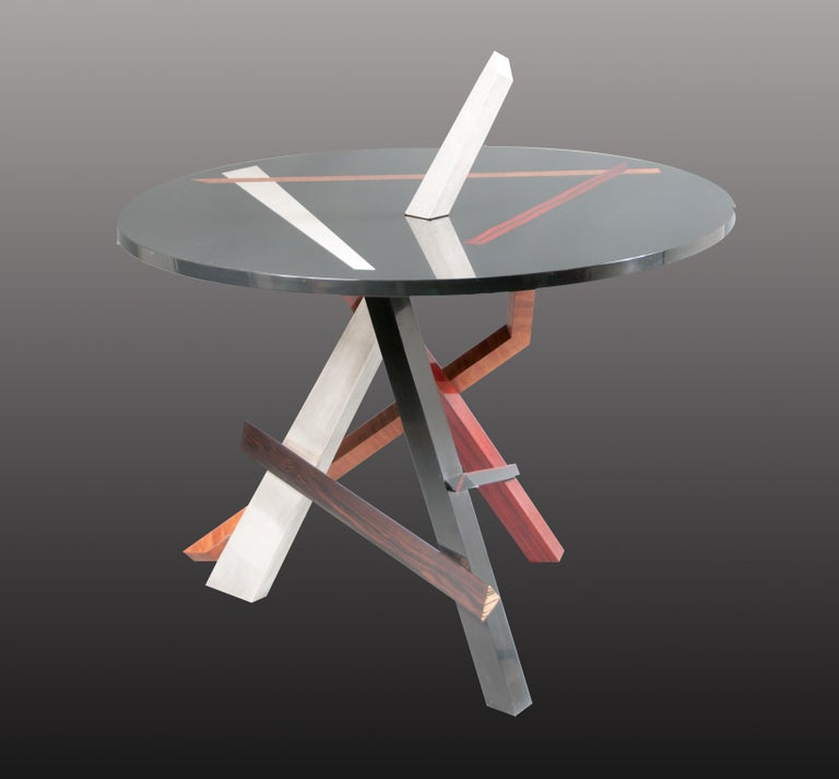 A Round Abstract Expressionism Sculptural Gilt And Colored Wood Center Table  For Sale 2