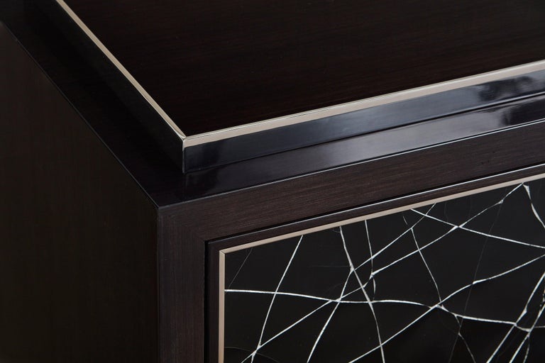 Modern Cabinet in Stained Oak Veneer with Black Artisan Panels In Excellent Condition For Sale In Warsaw, Mazowickie