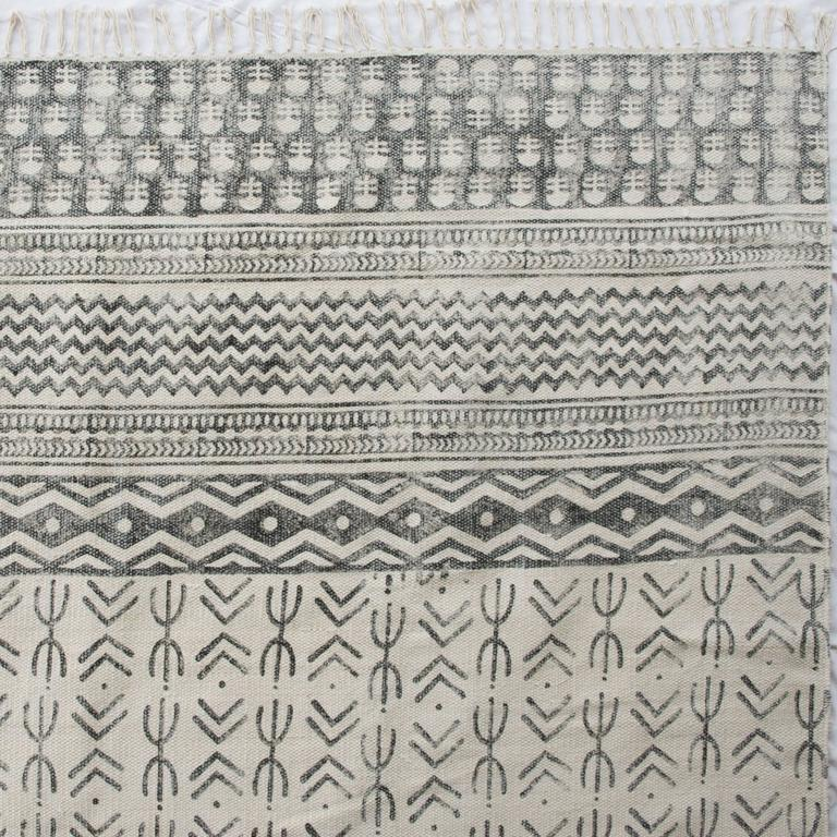 Contemporary Flatweave Dhurri Floor Rugs For Sale