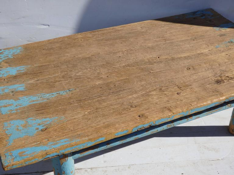Primitive Chinese Coffee Table In Good Condition For Sale In Bridgehampton, NY