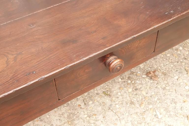 Coffee Table In Good Condition For Sale In Bridgehampton, NY