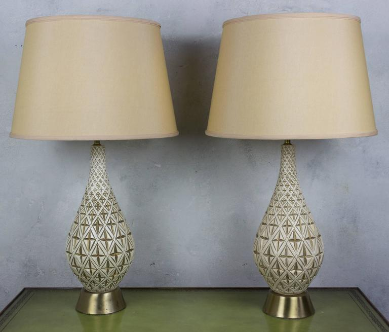 Pair Of Jo Wallis 1950 S Ceramic Table Lamps With Gold
