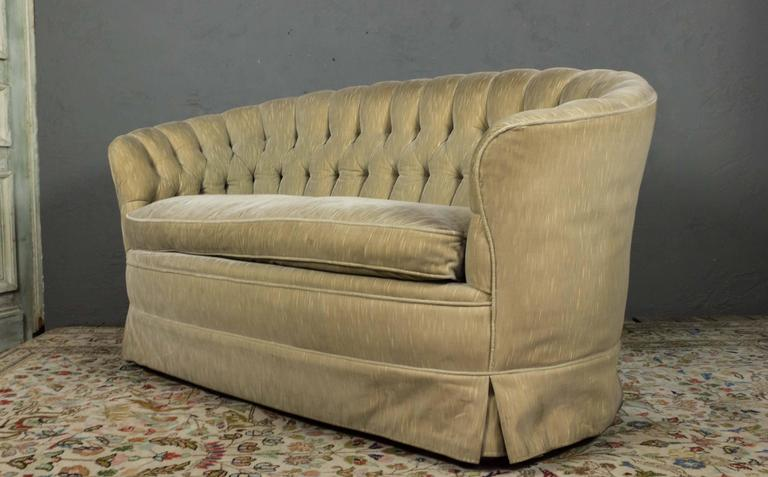 American Small Tufted Sofa with Loose Seat Cushion For Sale