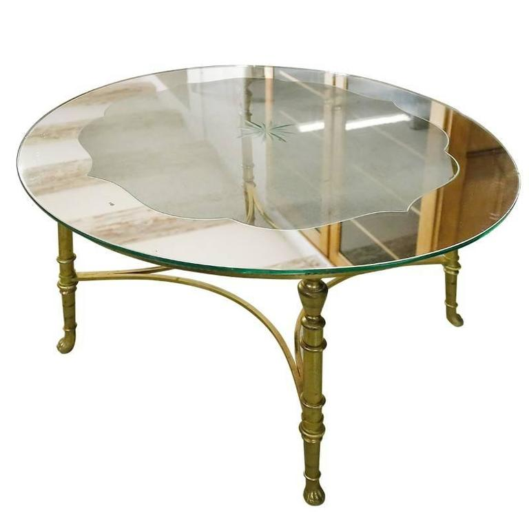 French round brass coffee table with etched glass top for for Table basse round