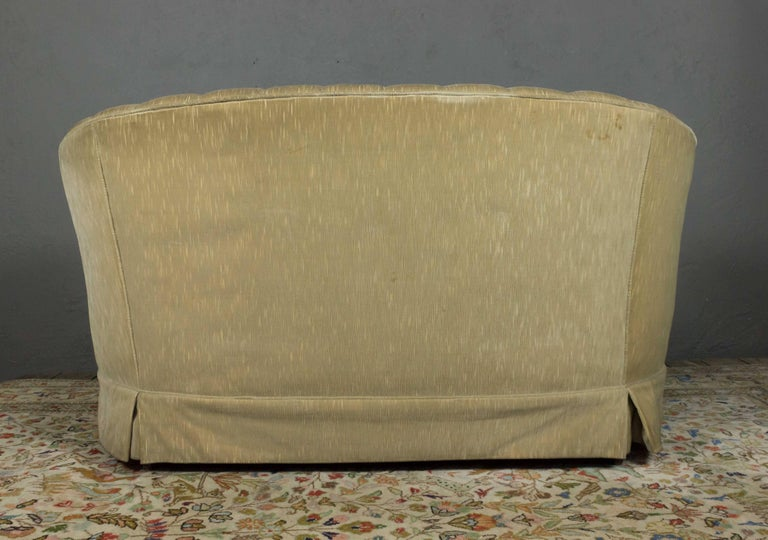 1960s Tufted Sofa with Loose Seat Cushion For Sale 8