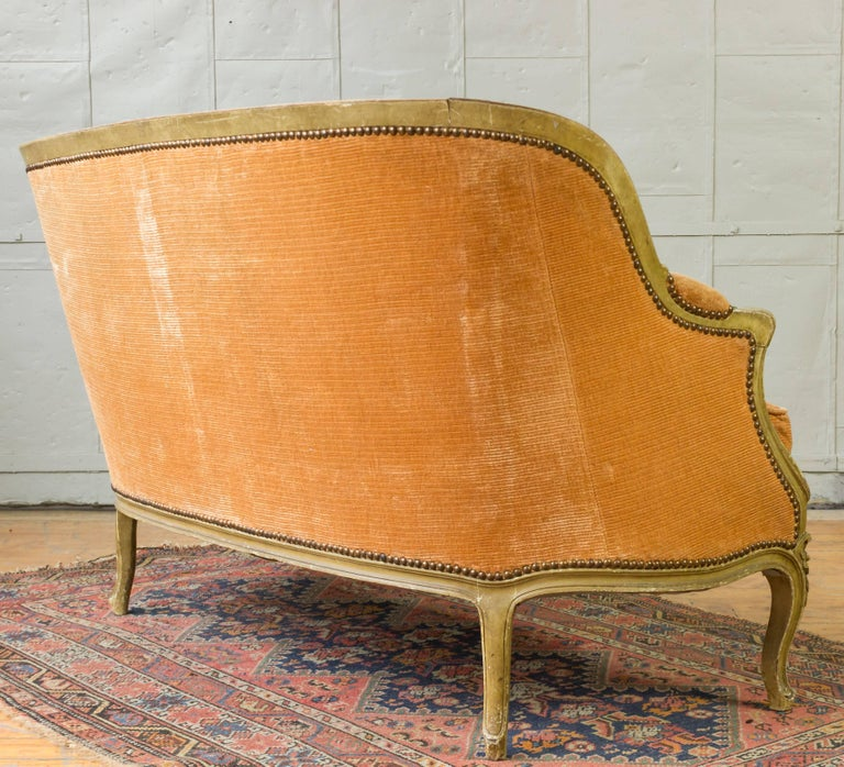 Small French Louis XV Style Settee in Pale Apricot Velvet For Sale 1