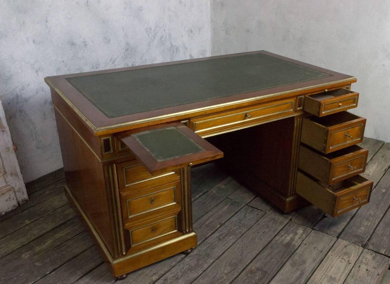 20th Century French Louis XVI Style Desk For Sale