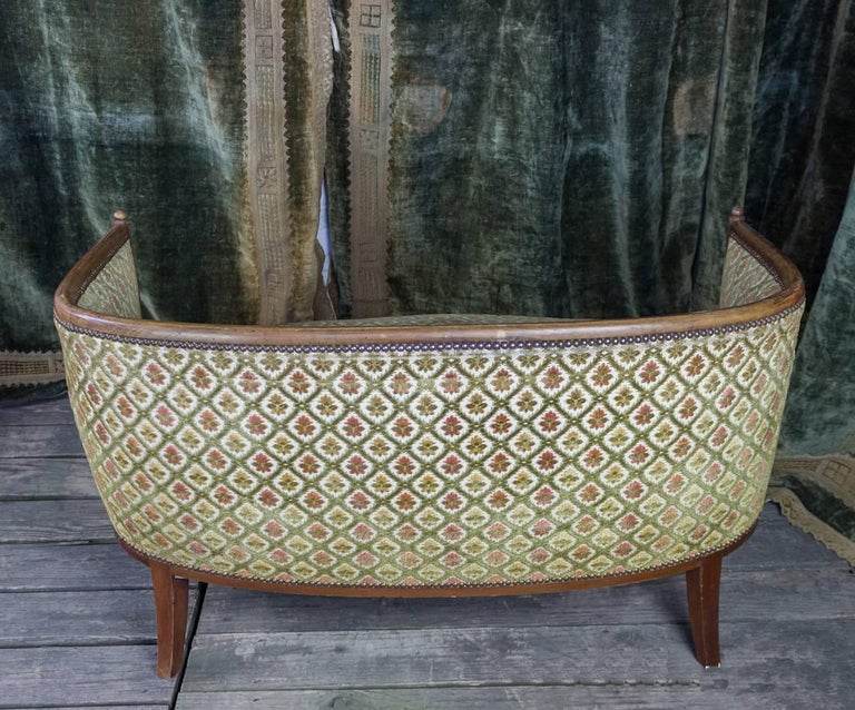 French Art Deco Settee with Curved Back For Sale 3