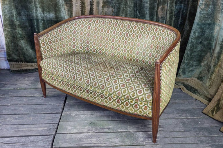 French Art Deco Settee with Curved Back For Sale 5