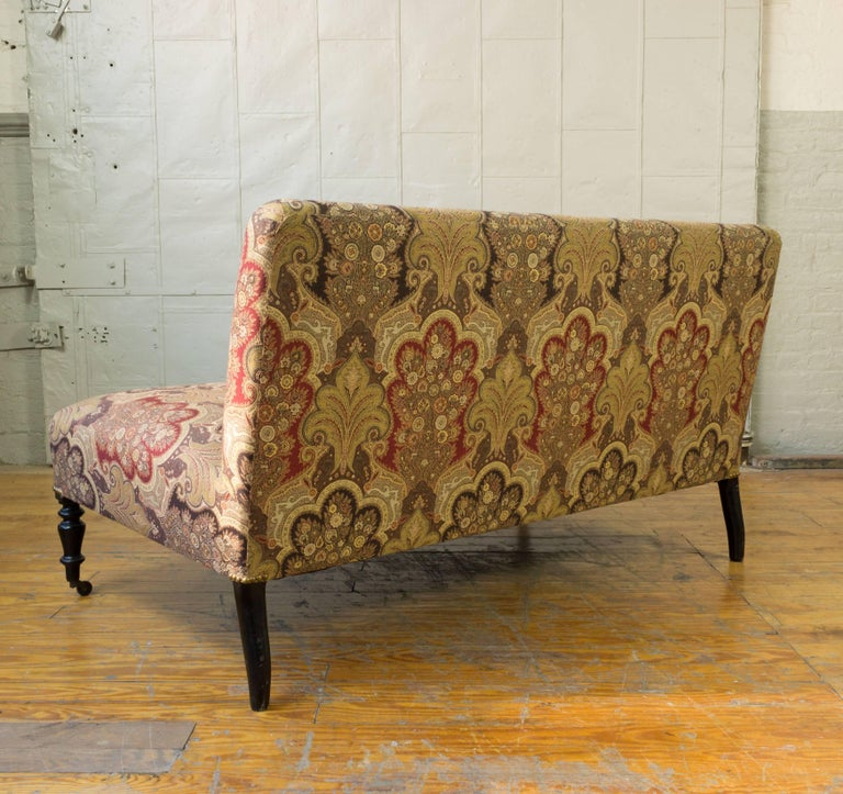 Reproduction Avignon Sofa In Excellent Condition For Sale In Long Island City, NY