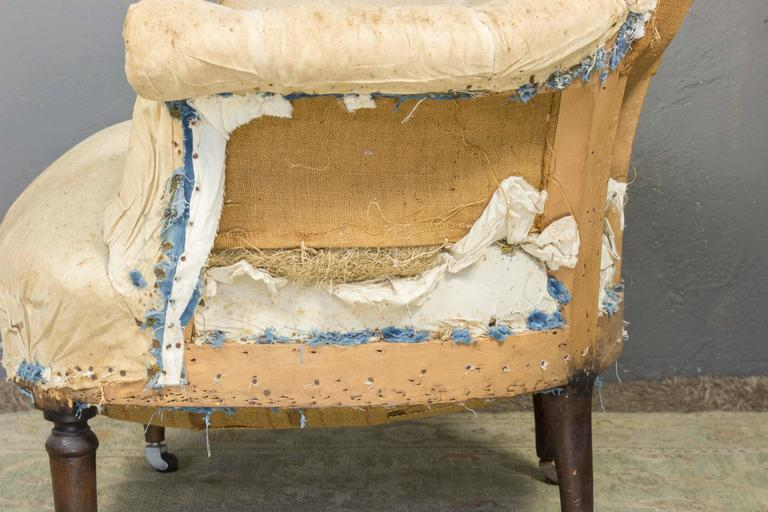19th Century Pair of Tufted Armchairs For Sale