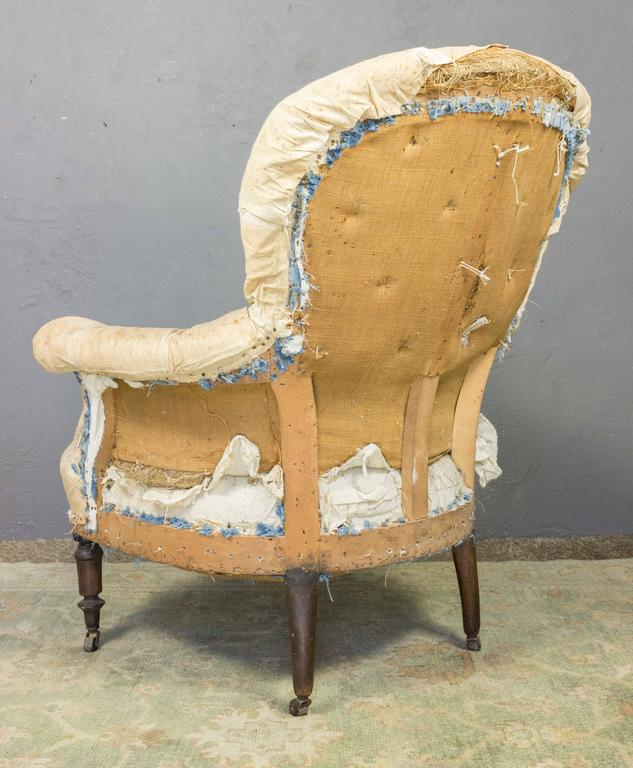 Pair of Tufted Armchairs In Distressed Condition For Sale In Buchanan, NY