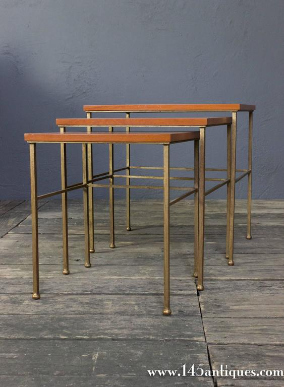 Set of Three Nesting Tables In Good Condition For Sale In Long Island City, NY